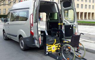 Mietauto Behindertengerechter Ford Custom